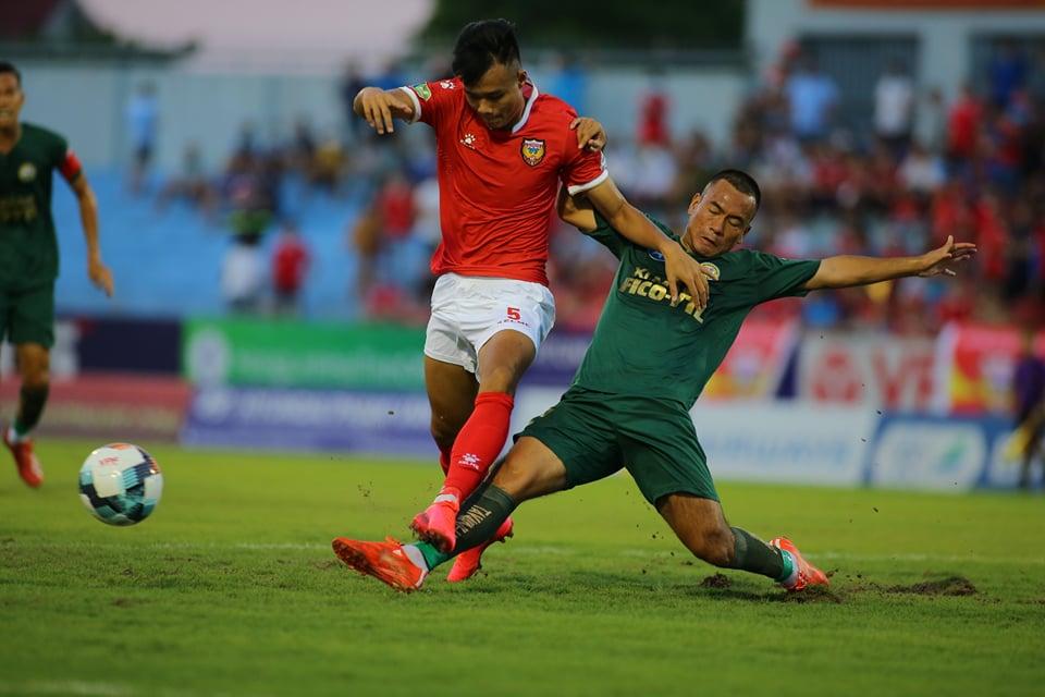 Hồng Lĩnh Hà Tĩnh giành chiên thắng xứng đáng trước XM Fico Tây Ninh